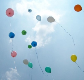 Ballons Flying Away